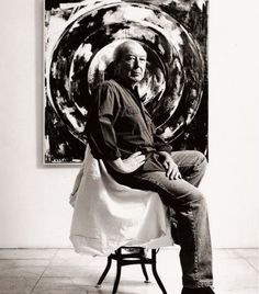Jasper Johns in his studio Jasper Johns, Robert Rauschenberg, Willem De Kooning, Pop Art, Jackson Pollock, Famous Artists, Great Artists, Artist Art, Artist At Work