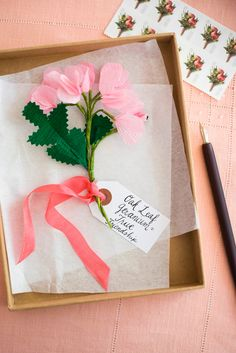 These kinds of DIY tips are extremely simple to make have a look at to get more detailed Crepe Paper Flowers, Felt Flowers, Diy Flowers, Diy Cans, Floating Shelves Diy, Good Tutorials, Flower Backdrop, Homemade Crafts, Crafty Craft