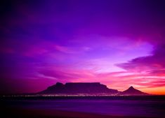 South Africa is winning all the international travel prizes and has travellers raving about its beauty so much so that it now has the highest repeat tourism of any long-haul destination in the world. What A Beautiful World, Beautiful Places, Most Beautiful, Table Mountain Cape Town, Attraction, Mountain Sunset, Mountain Range, All Nature, Exotic Places
