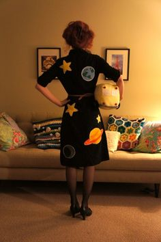 I would love to dress up as Miss Frizzle one day for halloween in my classroom but by then, my students probably won't know who she is :(
