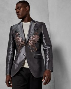 Discover men's formal wear at Ted Baker. From special occasion suits to ties and cufflinks, there's something suave for every date in the diary. Gray Jacket, Suit Jacket, Outlet Clothing, Ted Baker Stores, Casual Blazer, Stylish Tops, Wool Suit, Blazer Buttons, Blazers For Men