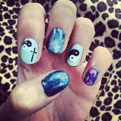 I wana do thez nails Cute Nail Polish, Nail Polish Designs, Cute Nail Designs, Cute Nails, Pretty Nails, Soft Grunge, Hair And Nails, My Nails, Galaxy Nail Art