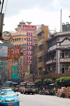 *Shopping in Chinatown in Bangkok