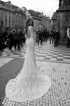 Berta Bridal Fall 2015 Wedding Dresses | Wedding Inspirasi