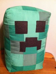 Giant minecraft creeper inspired pillow toy Crafts For Boys, Diy And Crafts, Pin Cushions, Pillows, Small Sewing Projects, Minecraft Party, Quilted Pillow, Mug Rugs, Creepers