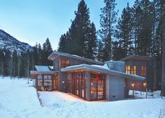 The Coolest—and Swankiest—Cabins We've Ever Seen Contemporary House Plans, Modern House Design, Modern Contemporary, Alaska House, Building Concept, Building Ideas, Timber Cabin, Mountain House Plans, Cabins And Cottages