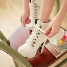 Women cute heels boots