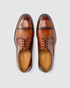 Zapatos de cordones de hombre Emiduio Tucci en piel vacuna de color marrón claro Men Dress, Dress Shoes, Oxford Shoes, Products, Fashion, Leather Flats, Lanyards, Fur, Zapatos