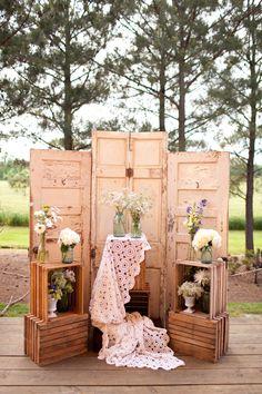 Otra con puertas, pero esta tiene más floreros y cajitas haha