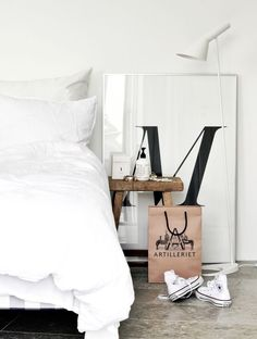 cons + large typography // bedside styling
