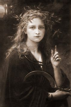 ☆ Image of Druid Arch-priestess with Sickle and Mistletoe ☞ The Wicca Spellbook: A Witch's Collection of Wiccan Spells, Potions, and Recipes :¦: By Gerina Dunwich ☆ Magick, Witchcraft, Wiccan Spells, Aradia, Sacred Feminine, Mystique, Illustration, Gods And Goddesses, Mistletoe