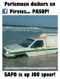 Perlemoen duikers en pirates passop!...   Suid Afrikaanse grappe en humor Funny Quotes, Funny Memes, Jokes, News South Africa, Afrikaanse Quotes, First Language, Weird Pictures, Twisted Humor, True Words