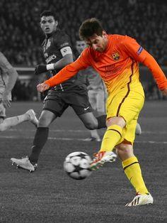 Messi marcant el primer gol contra el PSG