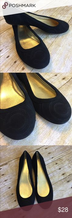 Like New Coach Quilted Black Flats Suede Texture Excellent condition black flats. Black C signature quilted design. True to size, I bought these and just need a 6. These are 6.5. Great for all seasons. Suede feeling material. Rounded toe. Smoke free home. Coach Shoes Flats & Loafers
