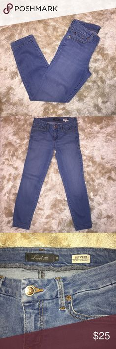 "||•Level 99•|| Cropped Denim Excellent condition - cropped style. No stains/tears. Smoke free home.   Inseam approx 26""  •sorry, I do not model clothing items•  No trades/holds  All of my items are listed on M•ercari with free shipping. Search SHELL40 Level 99 Jeans Ankle & Cropped"