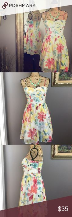 """JACK  super cute dress JACK  Super cute mini dress with adjustable strap. Size 0 Only worn once. No sign of wear.  Looks like brand new.  Shell,Lining: 100% polyester.                        Length 33""""  Chest 33.5"""" Waist 27"""" Jack by BB Dakota Dresses Mini"""