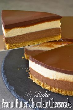 If you're a fan of Reese's peanut butter cup then you should really try this peanut butter and chocolate no bake cheesecake. The combination of nutty peanut butter with decadent chocolate and that slight touch of saltiness is just wonderful. No Bake Desserts, Just Desserts, Delicious Desserts, Dessert Recipes, Baking Desserts, Health Desserts, Lunch Recipes, Breakfast Recipes, Chocolate Peanut Butter Cheesecake