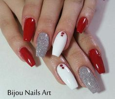 Red and White Valentines Nails red and white nails Chistmas Nails, Red Christmas Nails, Xmas Nails, Holiday Nails, Christmas Ideas, Valentine Nails, Aycrlic Nails, Prom Nails, Hair And Nails