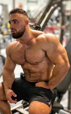 Hot Men, Hot Guys, Sexy Tattooed Men, Gym Junkie, Hunks Men, Body Anatomy, Gym Quote, Beard Styles For Men, Muscle Bear