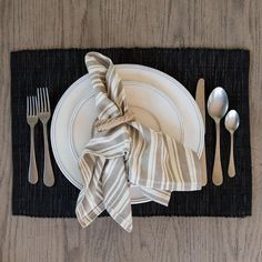 A contemporary version of our linen placemat that we have been weaving in the…
