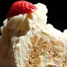 Dishing up Nirvana: Pyramidal Cheesecake Dessert Recipes, Desserts, Nirvana, Biscuits, Cheesecake, Ice Cream, Yummy Food, Favorite Recipes, Dishes