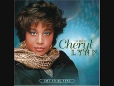 Why are the first few seconds EXACTLY THE SAMMMMMEEEEEEEEE????????    Cheryl Lynn - Got To Be Real (with lyrics)
