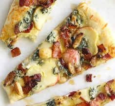 Insane Maple Apples, Blue Cheese and Bacon Pizza Recipe on Yummly. yummly The post Maple Apples, Blue Cheese and Bacon Pizza Recipe on Yummly. yummly appeared first on Trupsy . I Love Food, Good Food, Yummy Food, Fall Recipes, Great Recipes, Favorite Recipes, Pizza Recipes, Cooking Recipes, Flatbread Recipes