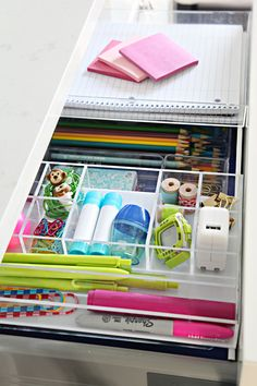 IHeart Organizing: Four Days & Four Drawers Mini Organizing Challenge: School Supply Drawer