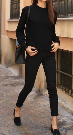 All in black, so sleek and sophisticated with the black flats + black cigarette pants + black crew neck long sleeve t