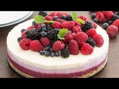 No-Bake Ombre Berry Cheesecake :: Home Cooking Adventure