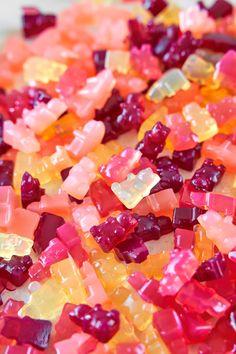 3-Ingredient Vegan Gummy Bears Recipe - Wow, It's Veggie?! Vegan Gummy Bears, Gummy Bear Candy, Gummi Bears, Vegan Candies, Vegan Desserts, Vegan Recipes, Vegan Sweets, Homemade Gummy Bears, Vegan Gummies