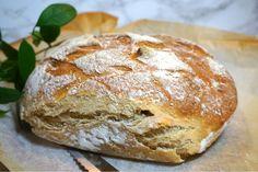 Nattjäst bröd med rågflingor Bread Recipes, Cake Recipes, Cooking Recipes, Healthy Recipes, Bread Bun, Piece Of Bread, Our Daily Bread, No Bake Desserts, Bread Baking