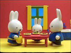 Nijntje - 56 - Nijntjes beer is ziek - YouTube Miffy, Smurfs, Sick, Little Girls, Preschool, Teen, Cute, Short Stories, Toddler Girls