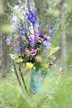 Delphenium, Larkspur, stocks, astrantia, Queen Anne's lace, blue cornflower, Pink poppies