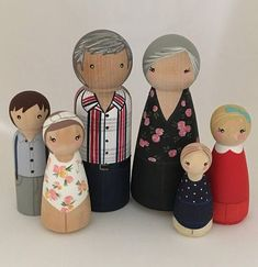 Custom peg doll family of 6 // 2 parents // 4 kids/pets // personalized peg dolls // doll house // custom family portrait // wooden dolls Wood Peg Dolls, Clothespin Dolls, Pretty Pegs, Spool Crafts, Clothes Pegs, Wooden Pegs, Doll Maker, Animals For Kids, Beautiful Gifts