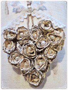 Kickis sytt nytt och nött: I dag har jag roat mig med att göra söta små rosor...