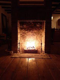Old Houses, Restoration, Flooring, Living Room, Wood, Home Decor, Old Homes, Homemade Home Decor, Woodwind Instrument