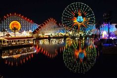 Get to know Disneyland Parks! Here's our guide to Disneyland if you're a Disney World fan. Disneyland Resort Hotel, Disneyland Parks, Downtown Disney, California History, California Travel, Disney California Adventure Park, Disney Aesthetic, Disney World Resorts, World Of Color