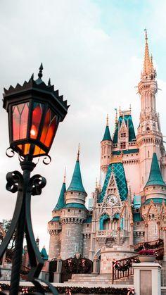 Disneyland Photos 2019 – – Top Of The World Disney World Fotos, Disney World Pictures, Disney Worlds, Disneyland Paris, Disneyland Photos, Art Disney, Disney Magic, Disney Pixar, Disney Crafts