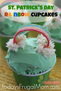 St. Patrick's Day Rainbow Cupcakes. Who doesn't love a rainbow? Try out these easy cupcakes for your St. Patty's Day party! :: Today's Frugal Mom