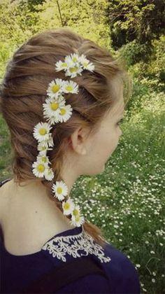 I am giving you spring hair ideas for your short, medium & long hair, these braiding hairstyles are awesome. Spring Hairstyles, Loose Hairstyles, Braided Hairstyles, Medium Long Hair, Medium Hair Styles, Short Hair Styles, How To Grow Your Hair Faster, Short Hair Lengths, Hair Makeup