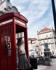 Porto Wygrywa z Lizboną ma niesamowity klimat szczególnie jesienią! Byliście? Polecacie jakieś miejscówki i restauracje? Niestety mam za mało czasu aby zobaczyć wszystko ci bym chciała ale mam powód aby kolejny raz tutaj wrócić #porto #autumn #bemanifiq #manifiqgirls #london #love #otoño