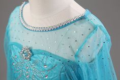 2484837055_1933995610 Princess Elsa Dress, Frozen Elsa Dress, Disney Princess, Princess Costumes, Girl Costumes, Snow Queen Costume, Elsa Cosplay, Frozen Costume, Applique Dress
