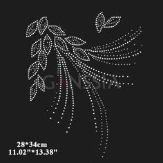 image Pearl Embroidery, Hand Embroidery Dress, Bead Embroidery Patterns, Hand Embroidery Designs, Embroidery Applique, Embroidery Stitches, Dot Art Painting, Fabric Painting, Rhinestone Art