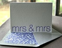 Lesbian wedding ideas | Cool blog about lesbian wedding. Good photos and ideas.