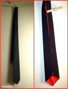 Susana Nakatani's tie