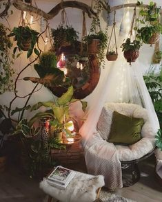 Inspirational ideas about Interior, Interior Design and Home Decorating Style for Living Room, Bedroom, Kitchen and the entire home. Curated selection of home decor products. Dream Rooms, Dream Bedroom, Bedroom Green, Room With Plants, Aesthetic Room Decor, Room Ideas Bedroom, Cozy Room, New Room, House Rooms