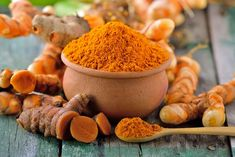 Turmeric Health Benefits, Turmeric Root, Turmeric Curcumin, Curcuma Latte, Antidepresivo Natural, Breast Implant Illness, Cinnamon Donuts, Roh Vegan, Gel Aloe