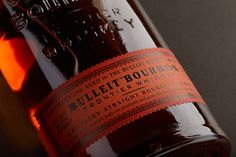 Bulleit Bourbon & Rye whiskeys stay true to their Kentucky roots with spicy, bold flavours that come from ageing the softly amber coloured liquid gently in small batches. Try now! Kentucky Mule, Bulleit Bourbon, Rye Whiskey, Stay True, Amber Color, Ageing, Whiskey Bottle, Roots, Spicy