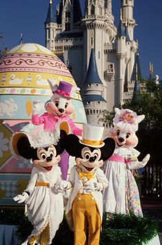 Easter at Walt Disney World Resort. It didn't even occur to me the fun things Disney would do to celebrate Easter. How cute!